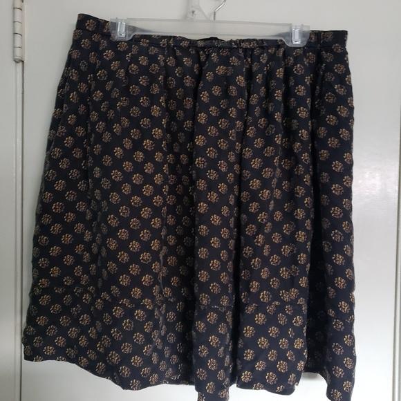 Dkny Dresses & Skirts - DKNY skirt size 12